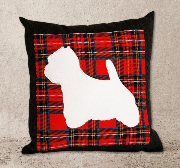 Miela pagalvėlė su Vakarų Škotijos baltasis terjero (West Highland White Terrier) siluetu
